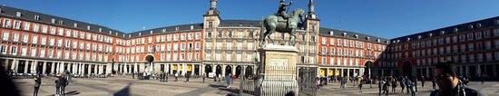 Photo of Plaza Plaza Mayor at Pl. Mayor, Madrid 28012, Spain