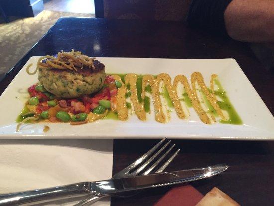 Glen Mills, Пенсильвания: Delicious! Especially the salmon/dill flatbread, the generous lamb chops & the lavender mojito!