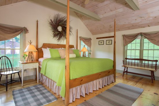 East Chatham, NY: Bedroom of the Pines Duplex Suite.