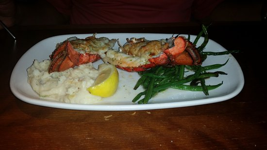 Bartonsville, PA: Stuffed Lobster Tail with String Beans