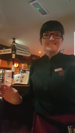 Rathcoole, Ireland: The lovely waitress Claire at the Poitin Still  The best a Manager can get , look after her,  An
