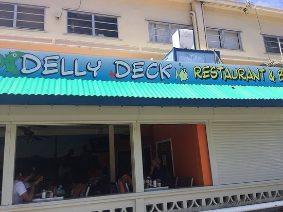 Delly Deck: Fun atmosphere.  Good food.