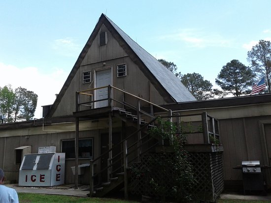 Enfield, NC: The rear of the office.