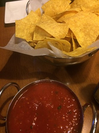 Reading, PA: The chips and salsa are so delicious!!!!