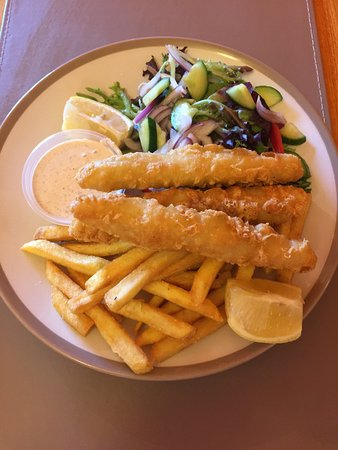 Bomaderry, Australia: $10 Lunches