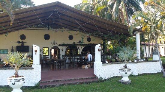 Hotel Paraiso del Cocodrilo: Restaurant und Bar im Freien!