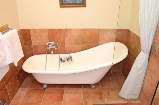 The Canyons Lodge B&B: Superior double Room ensuite bath with shower