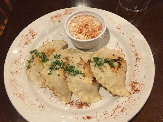 Chicopee, MA: The Collegian Court Restaurant