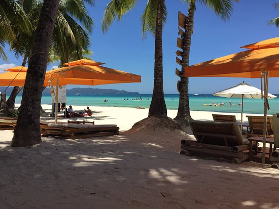 Foto Fridays Boracay Resort