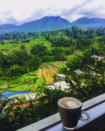 Baturiti, Indonesia: Morning view from LÁltitude Restaurant. Photo by @SassyPotatoStrikesAgain
