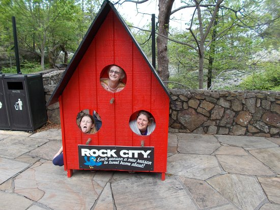 Rock City Gardens: Great Photo Shots, Buy Smaller Version Bird Houses In  Gift Shop