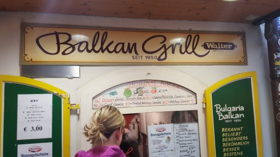 Balkan Grill Walter: Easy to miss