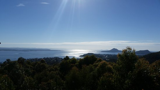 Nelson Bay, Austrália: Spectacular views of the Port Stephens area. Glorious on a sunny day. Gives you a great perspect