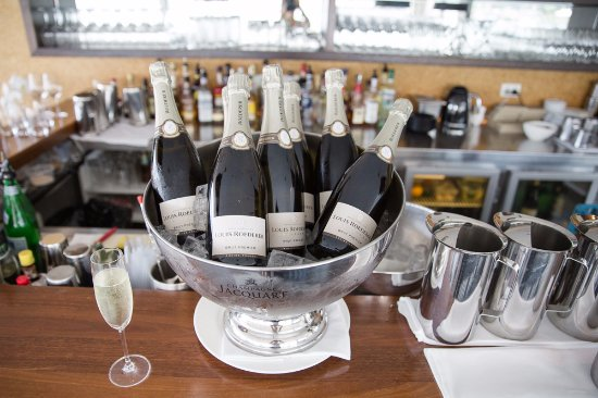 McMahons Point, Australia: Champagne