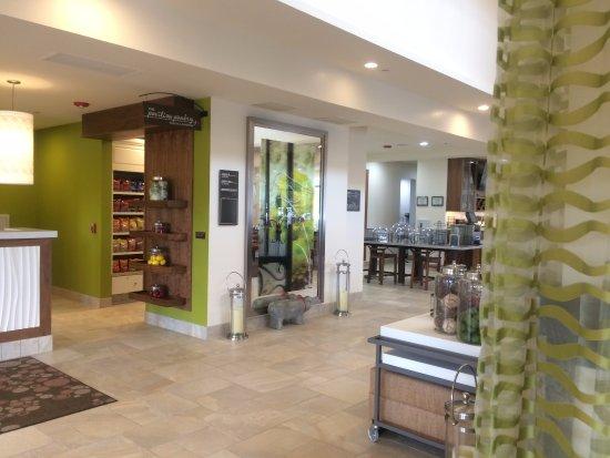 hilton garden inn medford medford or foto 39 s reviews. Black Bedroom Furniture Sets. Home Design Ideas