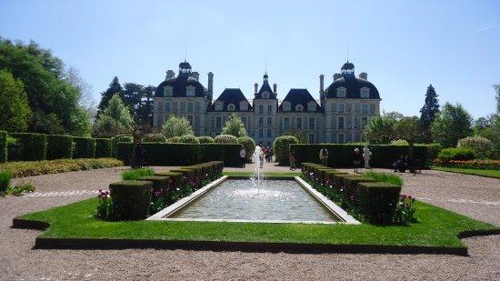 Шеверни, Франция: Le bassin