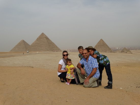 Habibitours - Day Tours : Family travels youngest 1 years