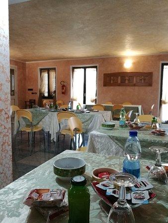 Hotel Rosso di Sera: IMG_20170423_084741_large.jpg