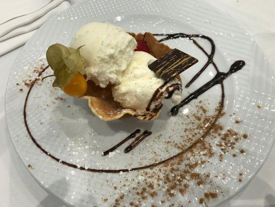 San Sebastian de los Reyes, Spain: Helado de chocolate blanco