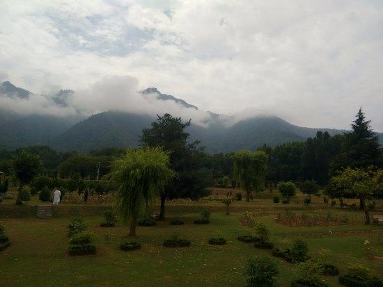 Jawaharlal Nehru Memorial Botanical Gardens : weather