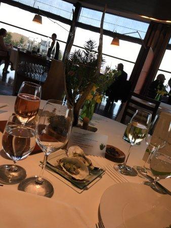 Hotel Restaurant Regis & Jacques Marcon : photo0.jpg