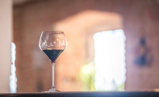 Castagnole Lanze, Italien: Wine