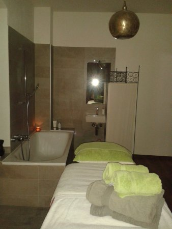 Bex, Szwajcaria: Profitez d'un soin relaxant, sur réservation