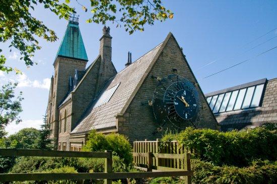 Batley, UK: Bagshaw Museum