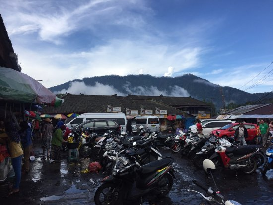 Bedugul, Indonésia: Produce Market at Strawberry Hill