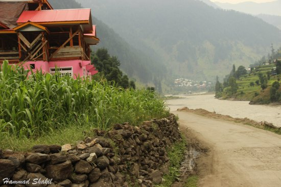Azad Kashmir, Pakistan: On the way towards Sharda from Kel Kashmir.