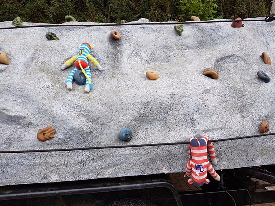 YHA Okehampton: Trying out the climbing wall, with mixed success!