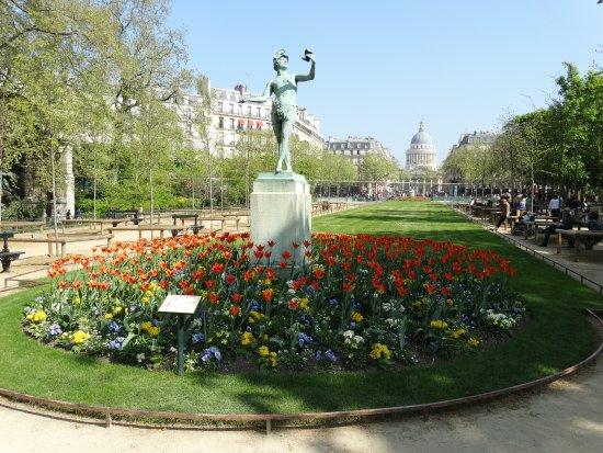 Jardin du luxemburg picture of luxembourg gardens paris - Jardin du luxembourg hours ...