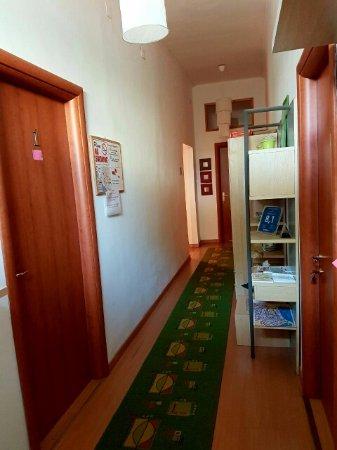 Villa Susanna Guestrooms: Passage