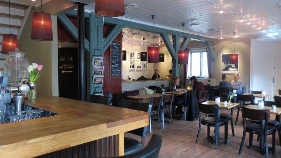 Sagene Lunsjbar: Restauranten 1 etg