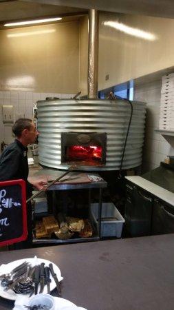 Swansea, Australien: Pizza oven