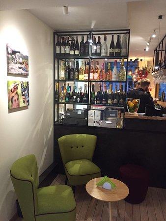 VYNO UOGA, Wine and Garden Restaurant, Shop: photo1.jpg
