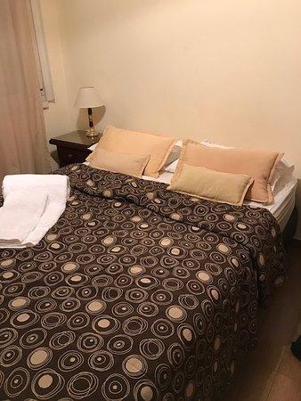 Torre Libertad Departamentos Amoblados: Cama y almohadas comodas