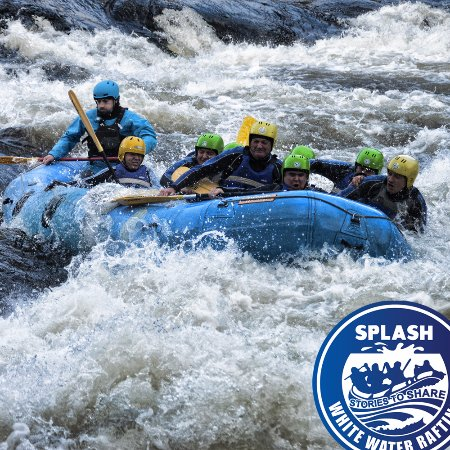 Aberfeldy, UK: Forth rapid White Water rafting on the River Tay .