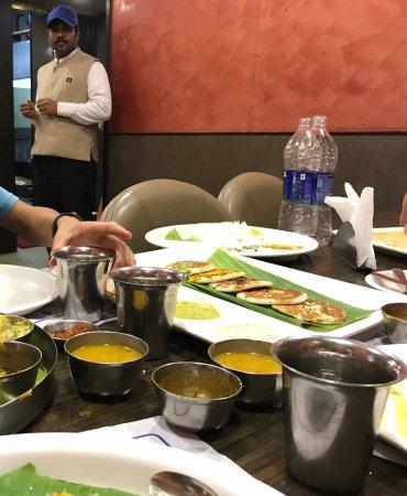 Saravana Bhavan: photo0.jpg