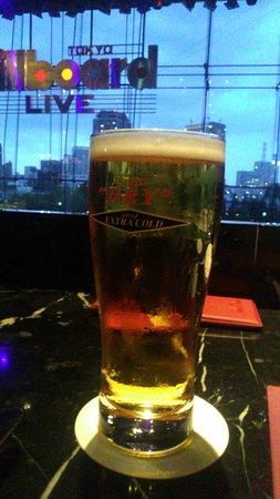 Billboard Live: 二階席から 冷たいビール