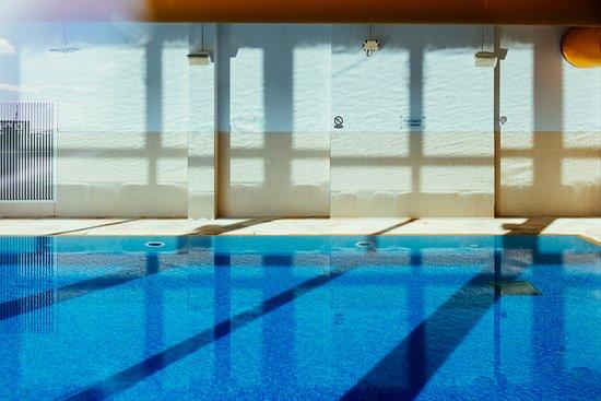 The seahorse club pentewan omd men om restauranger for Aufstell swimmingpool