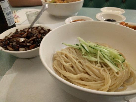 Review Young S Chinese Food Seattle