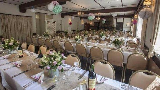 Drewsteignton, UK: weddings