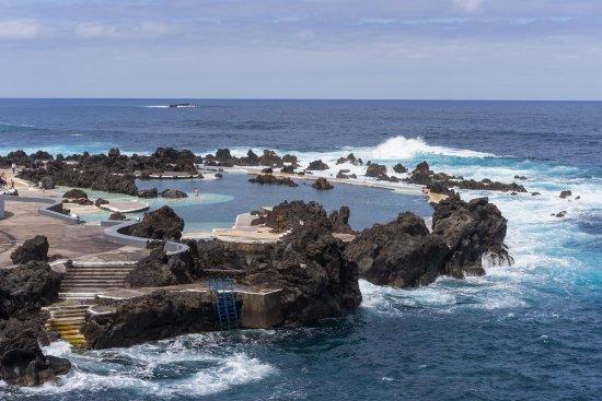 Porto Moniz Natural Swimming Pools: Vackra lavapooler