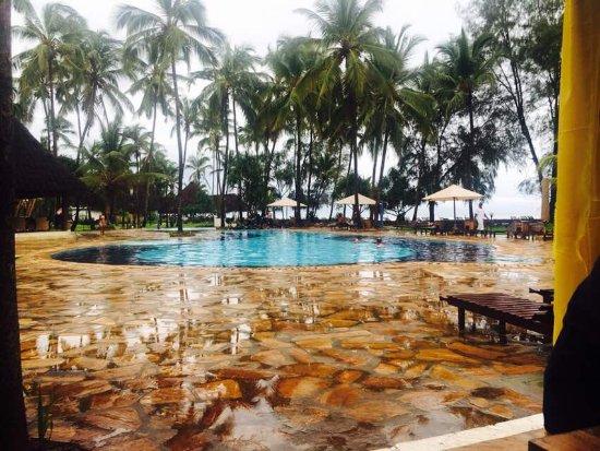 Bluebay Beach Resort and Spa: IMG-20170419-WA0159_large.jpg