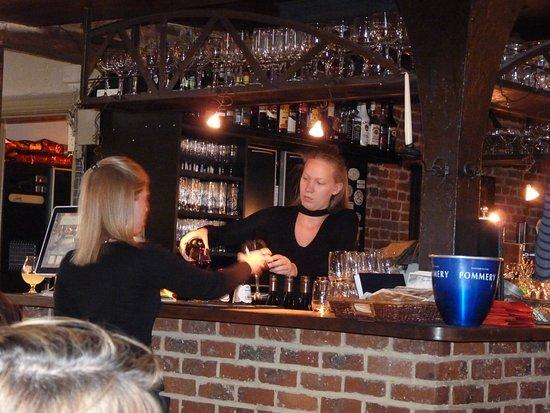 Anderlecht, Belçika: le bar