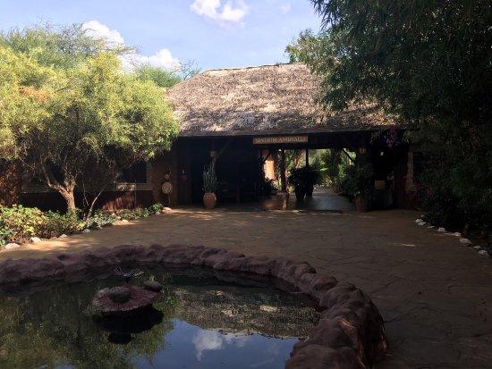 Sentrim Amboseli: photo2.jpg