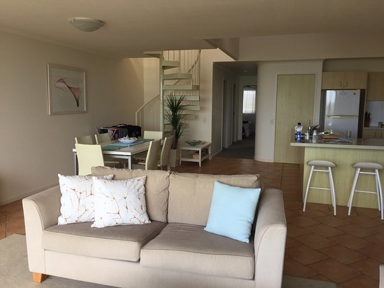 Peregian Beach, Australie : Penthouse - 2 bedrooms. Spacious. Has upped balcony with tub