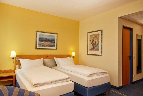 H+ Hotel & Spa Friedrichroda: Twin Zimmer im im H+ Hotel Friedrichroda