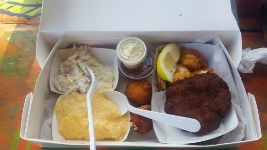 Cortez, FL: Fried Shrimp, Crab Cake, Cheesy Grits, Coleslaw, Hushpuppies
